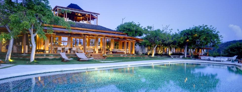 1-Mustique-villa-with-pool-Opium-exterior.jpg