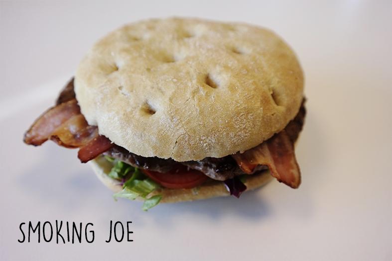 Smoking Joe burger 2.jpg