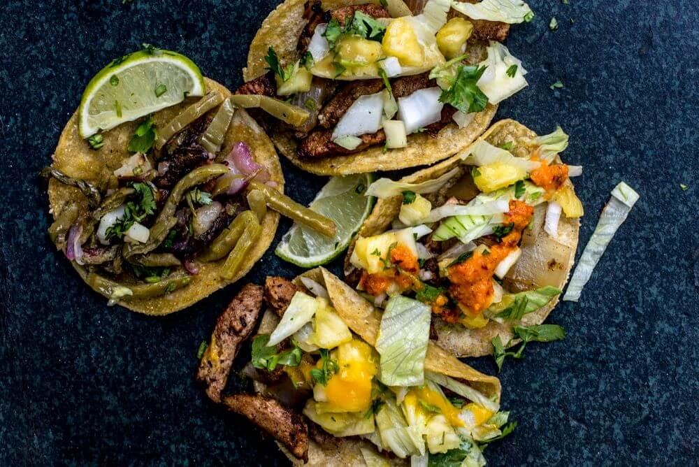 Tacos Los Carnales (4).jpg