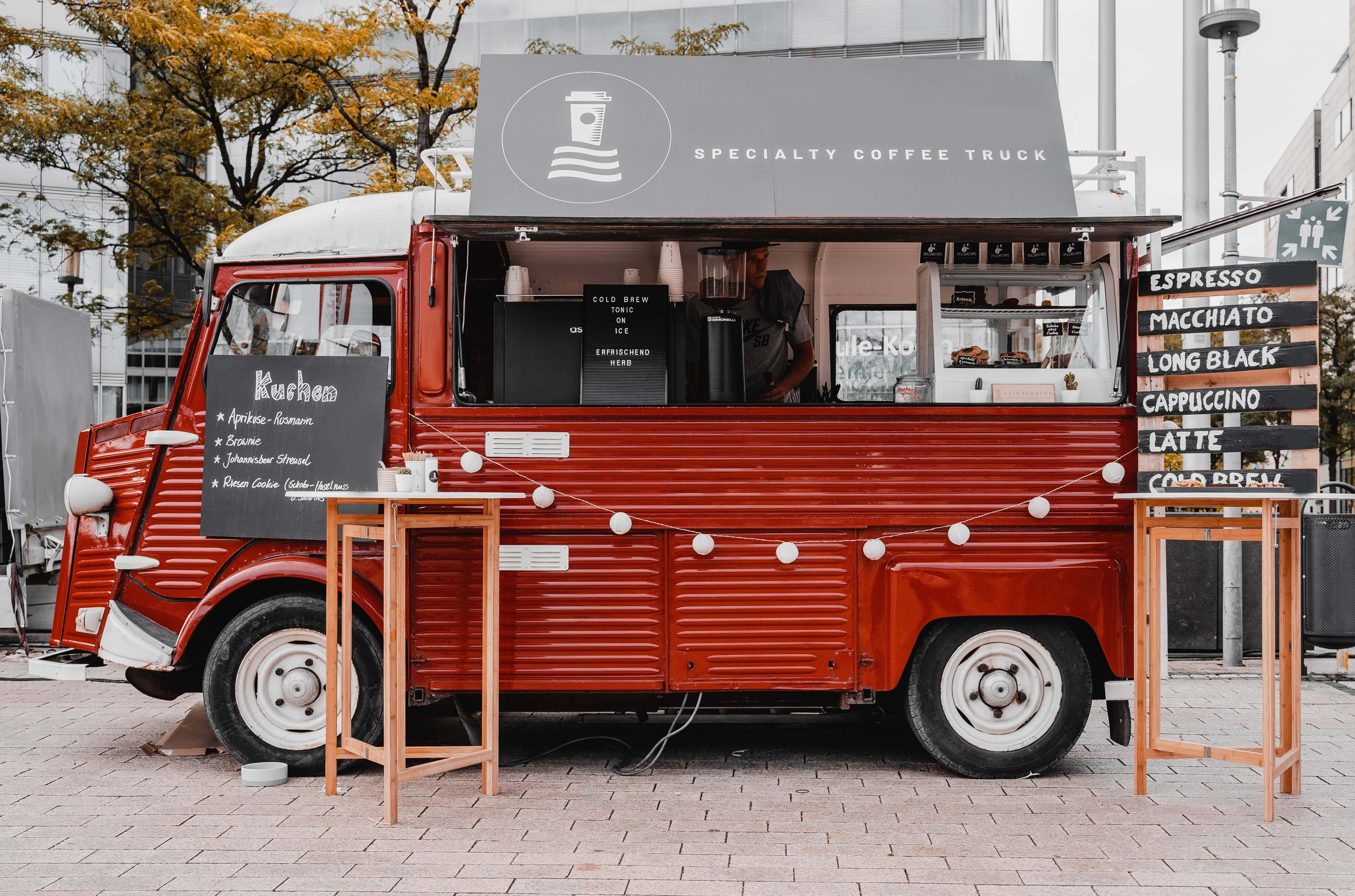 Food-Truck-Street-Food-Catering-Coffeetruck