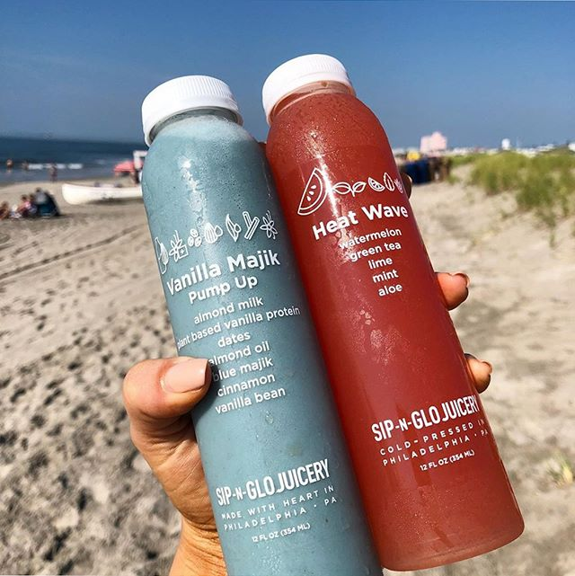 How are you spending the last few weekends of summer? 📸: @philmytummy⁠ ⁠ ⁠ ⁠ ⁠ #repost #heatwave #phillysummer #bluemajik #sipnglo #sipnglojuicery
