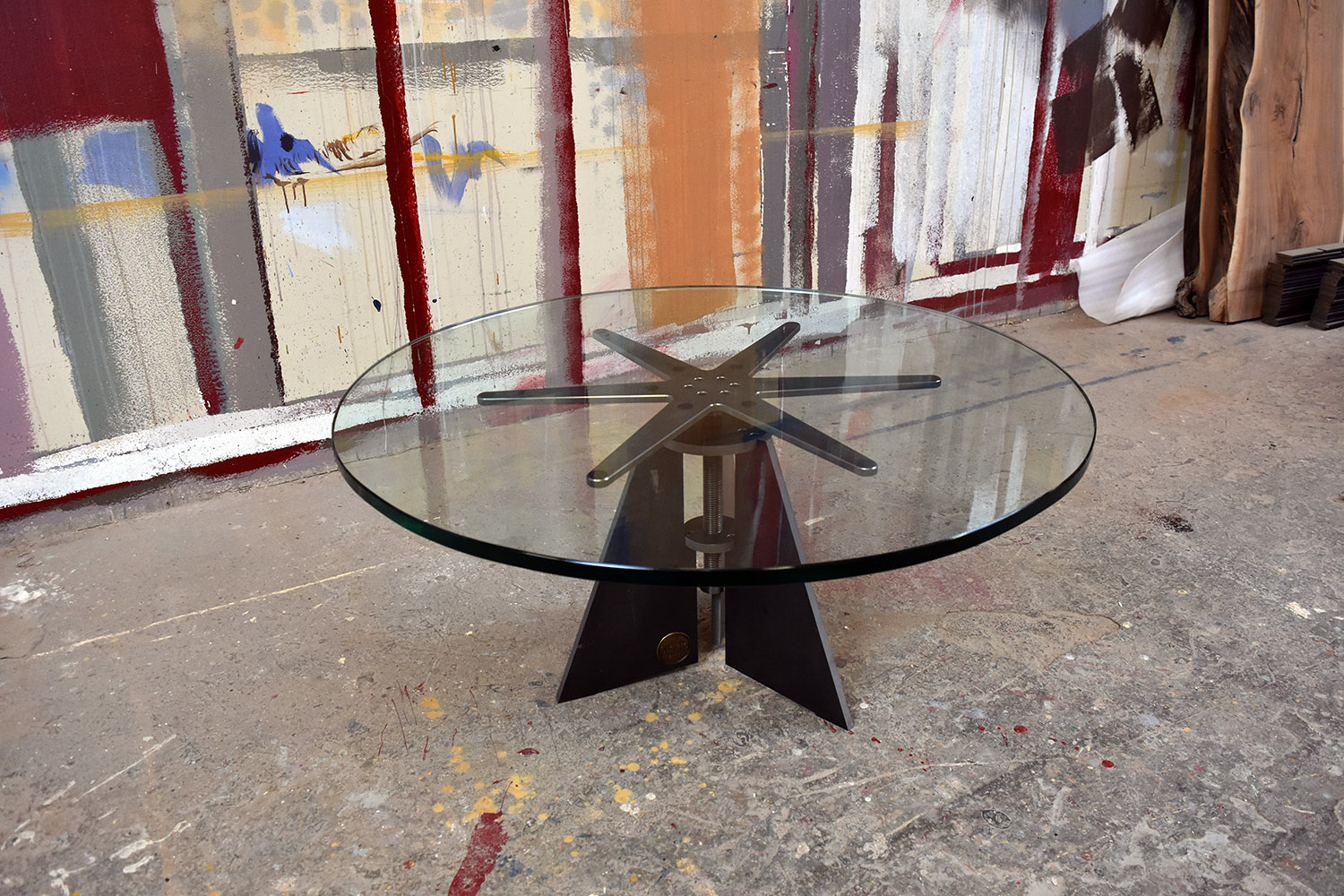 "Materials: Glass and Steel     Top: 3/4"" Thick Tempered Glass, Straight Cut Edge     Size (  LxWxH  ): 36""x36""x16~20""     Weight: 114 lbs  ."
