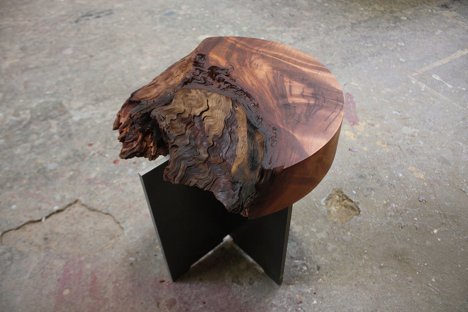 """Materials:Curly Redwood  and Steel     Slab Thickness: 3""""     Size (  LxWxH  ): 13.5 """"x14.25""""x14.5""""      Weight:38 lbs  ."""