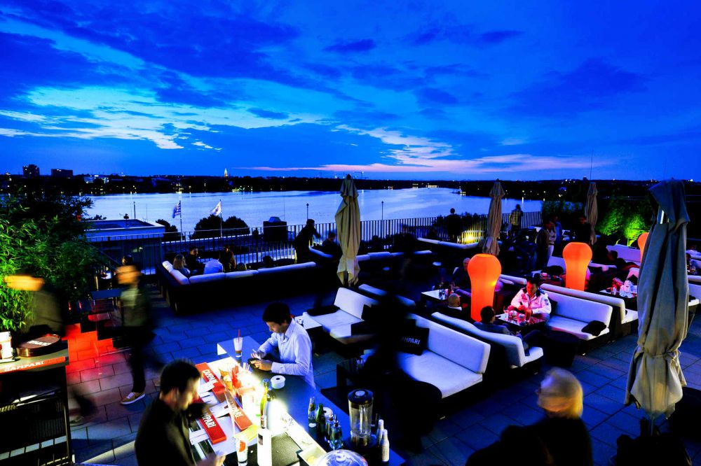 Campari Lounge Barcastraße 3, 22087 Hamburg