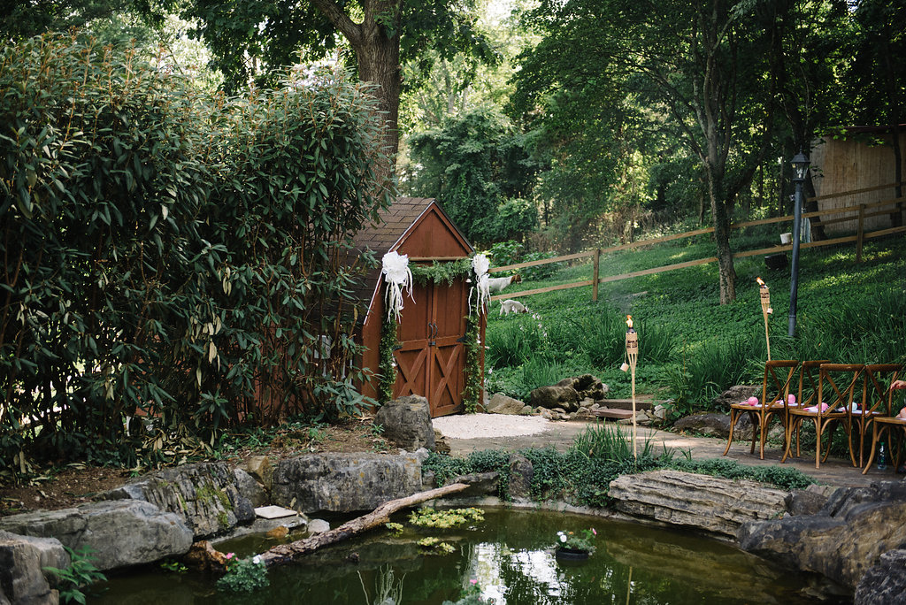 backyard-wedding-decor.jpg
