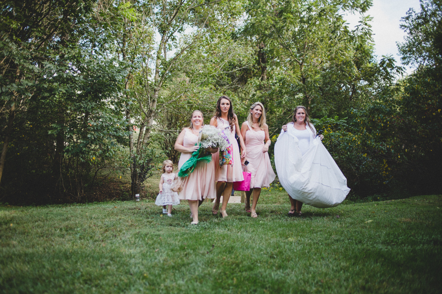 getting-ready-bridesmaids.jpg