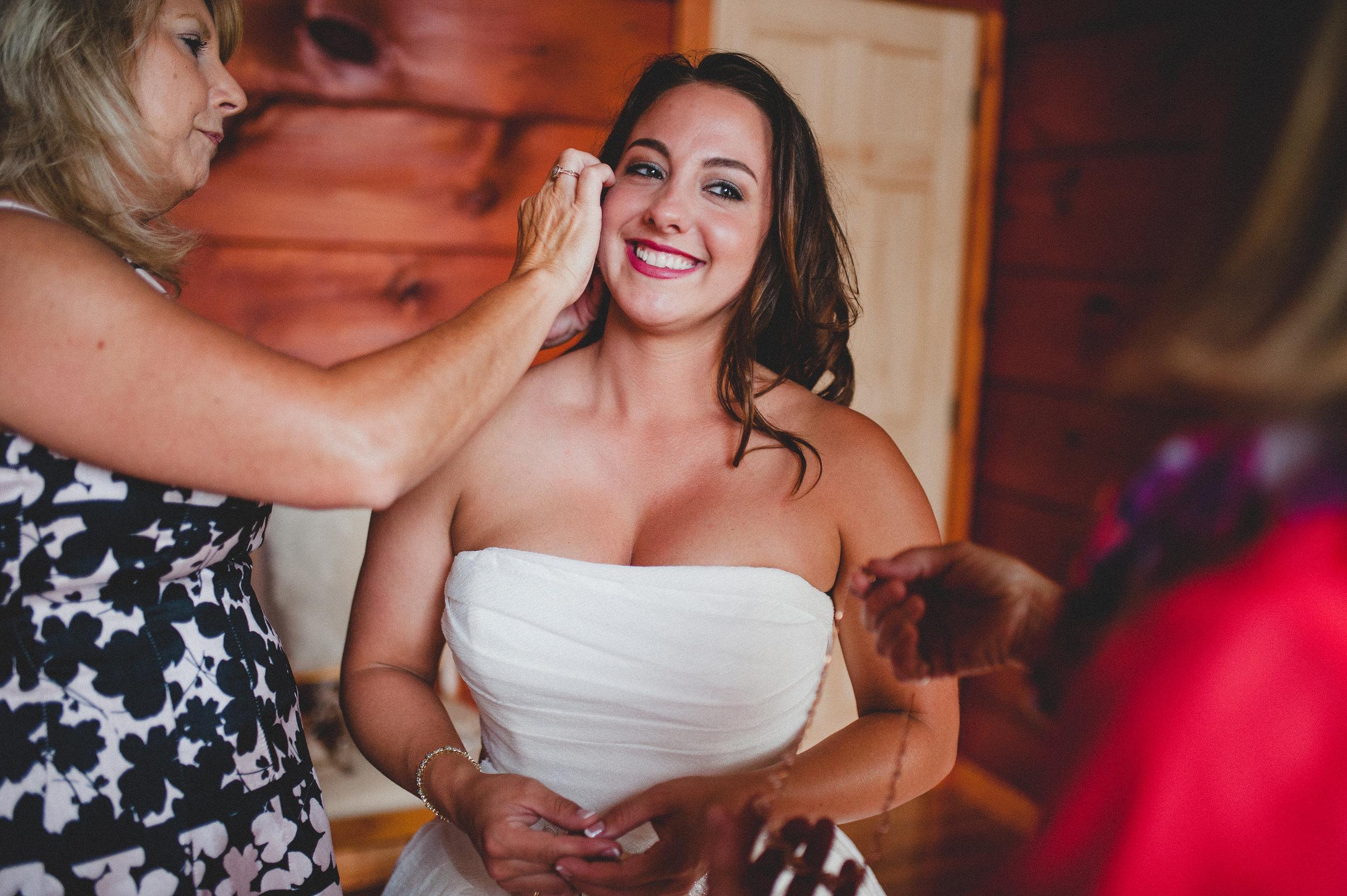earrings-necklace-bride.jpg