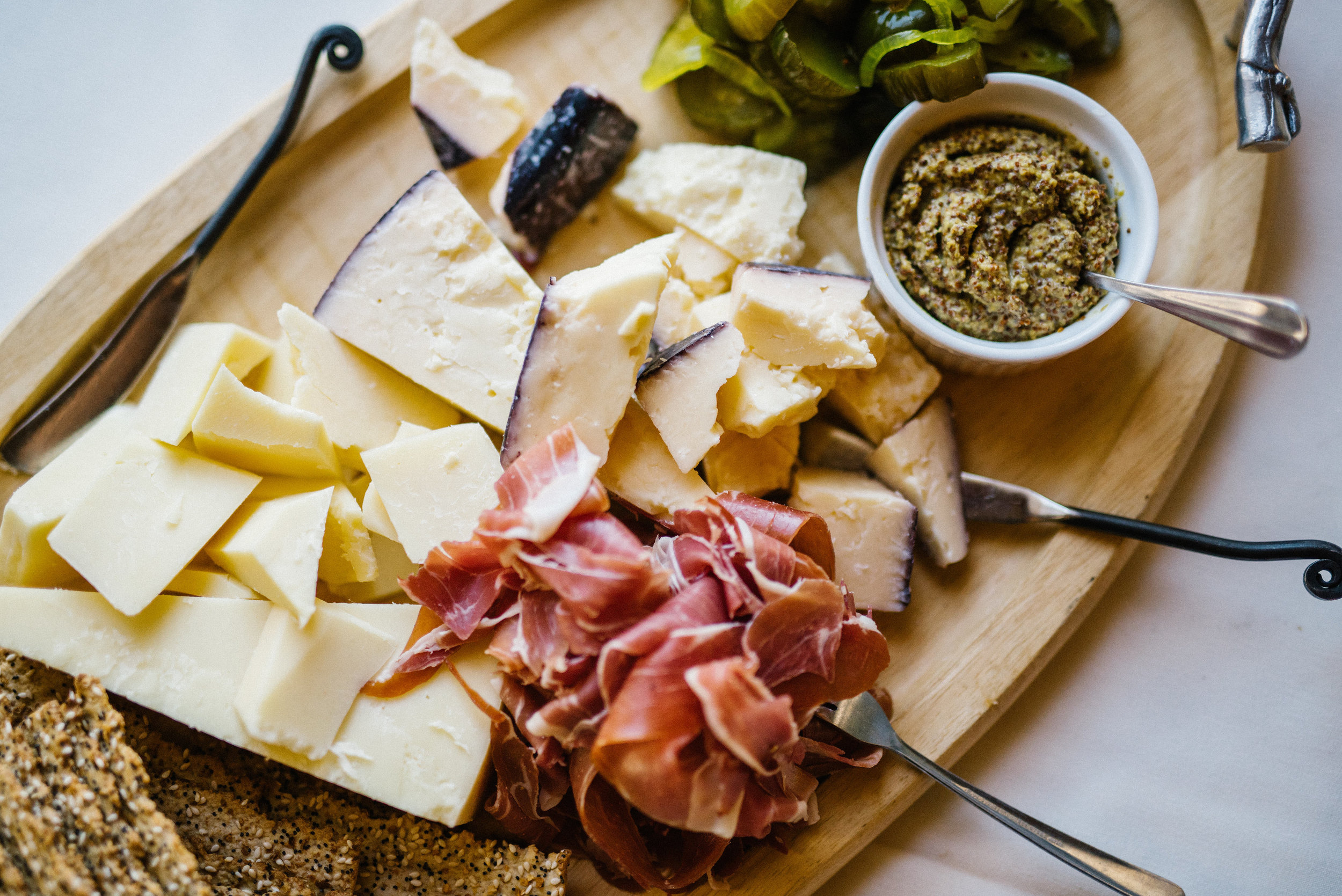 the-kenmore-inn-cheese-plate.jpg