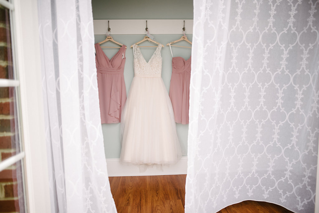 wedding-dress-columns-at-six-penney-farms.jpg