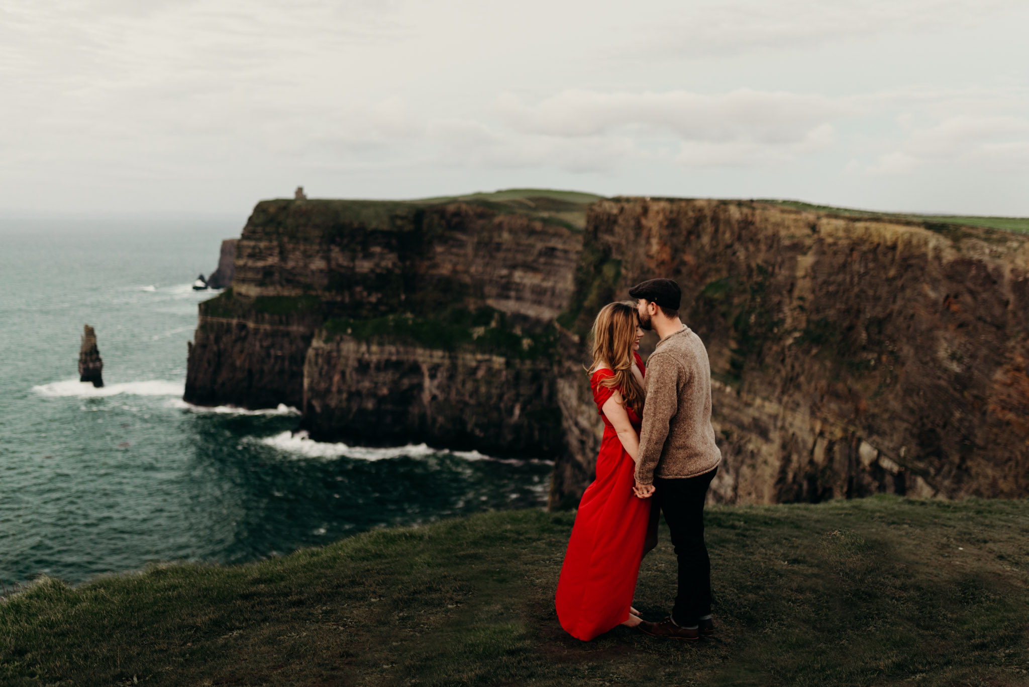 giants-causeway-bridal-portraits-northern-ireland-.jpg