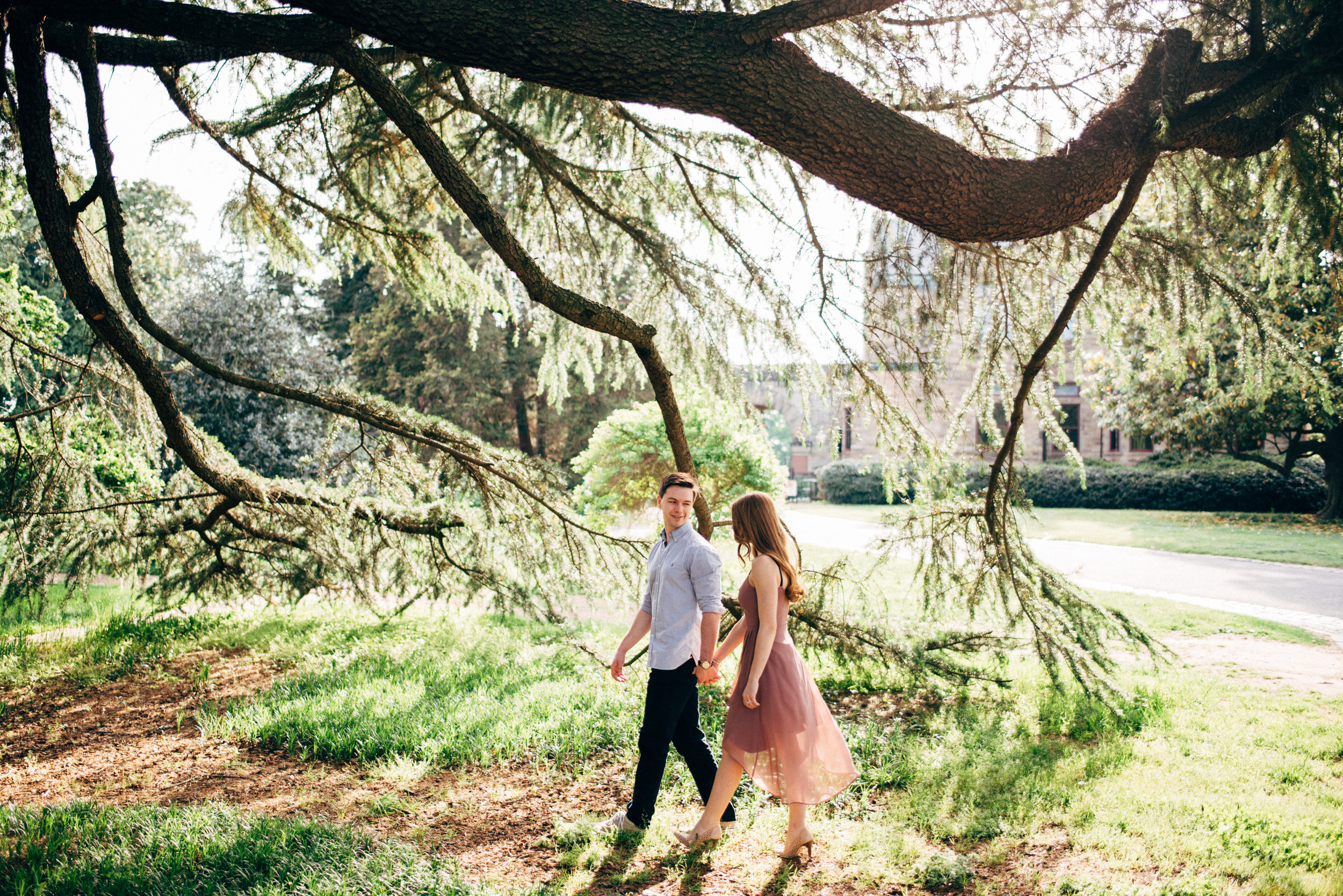 engagement-photographer-maymont-park-Richmond-Virginia-Lindsey-Paradiso-photography-1.jpg
