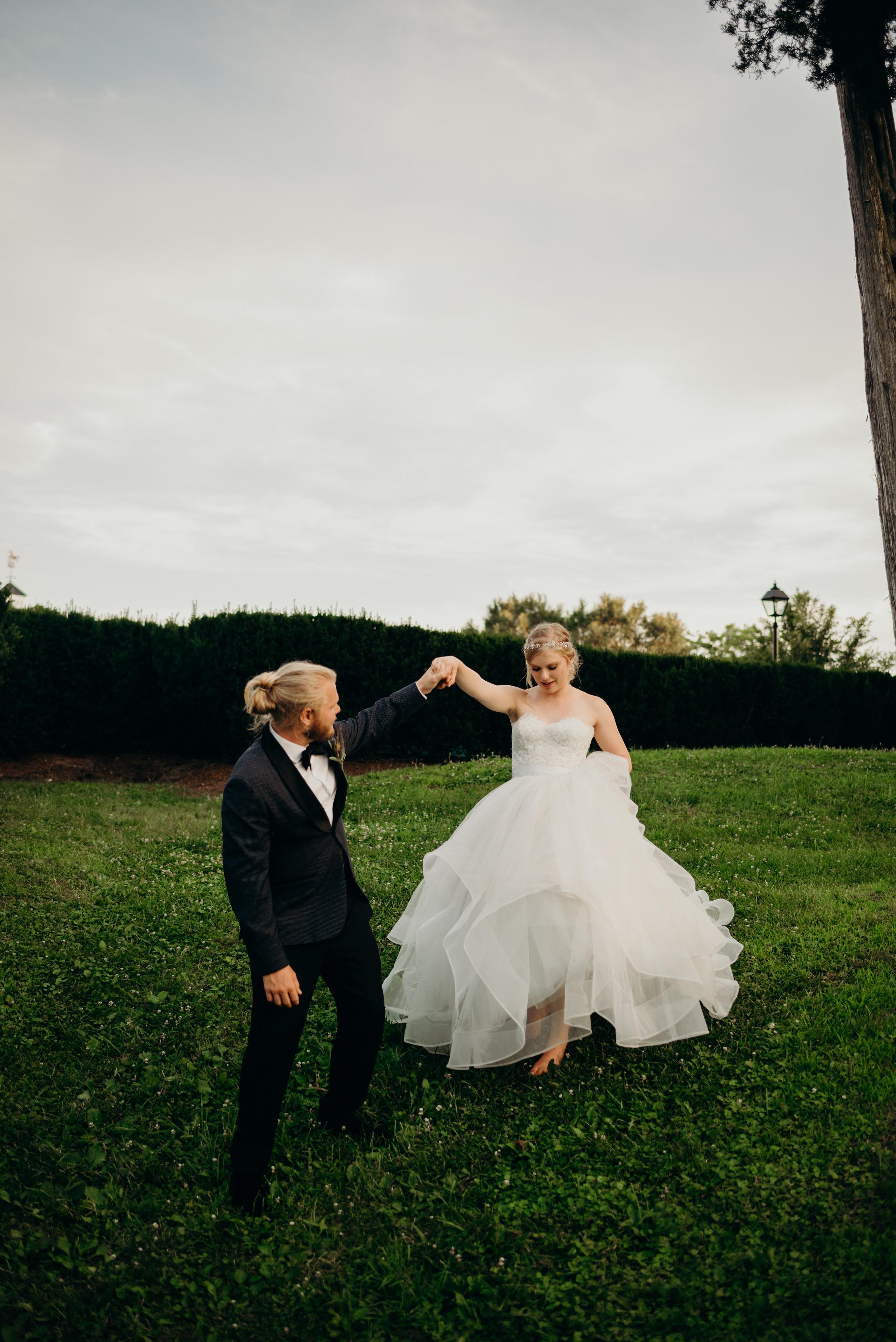 emma-josh-virginia-wedding-middleburg-community-center-7024.jpg