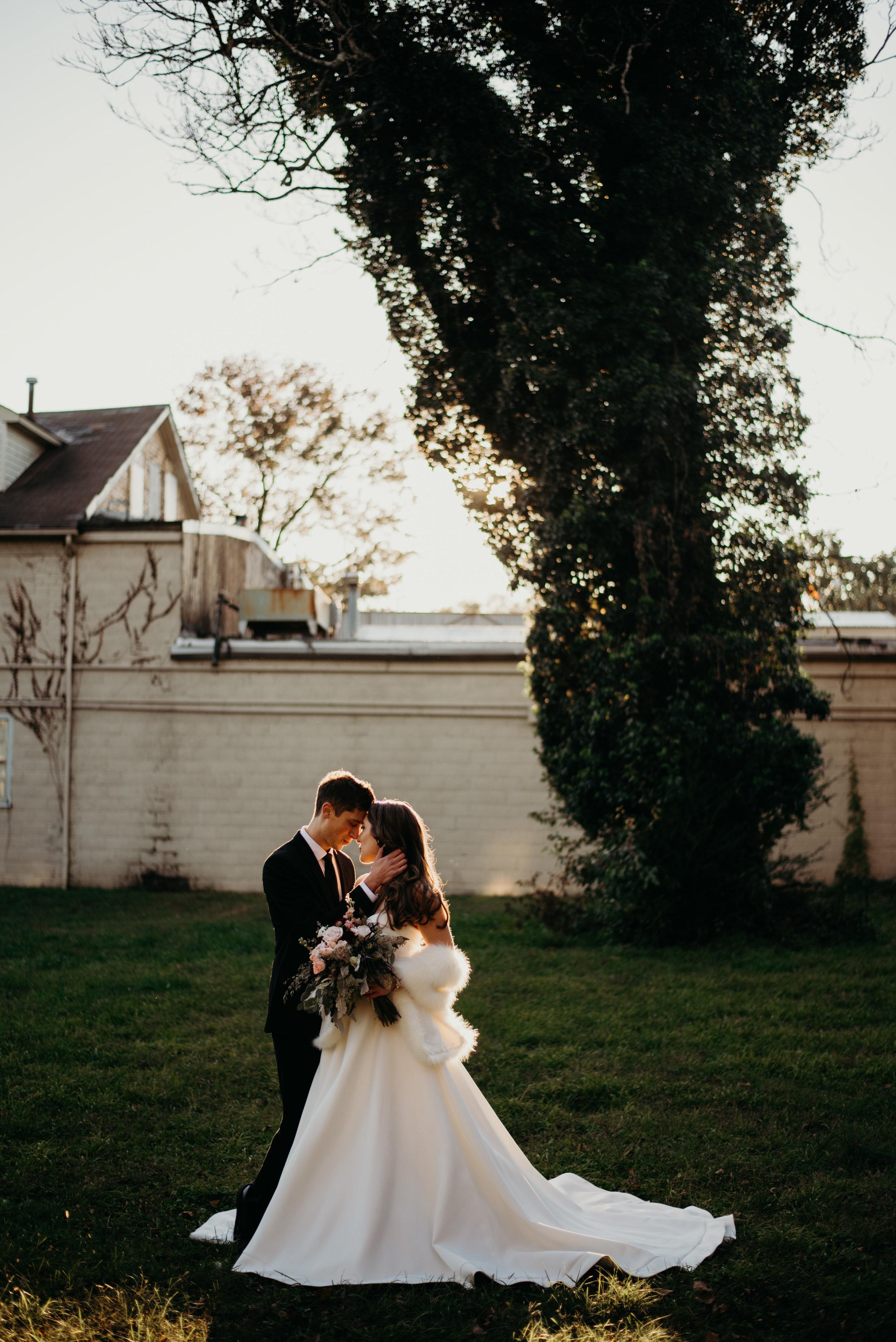 nathan-courtney-wedding-at-inn-at-the-silk-mill-fredericksburg-virginia-lindsey-paradiso-photography-3852.jpg