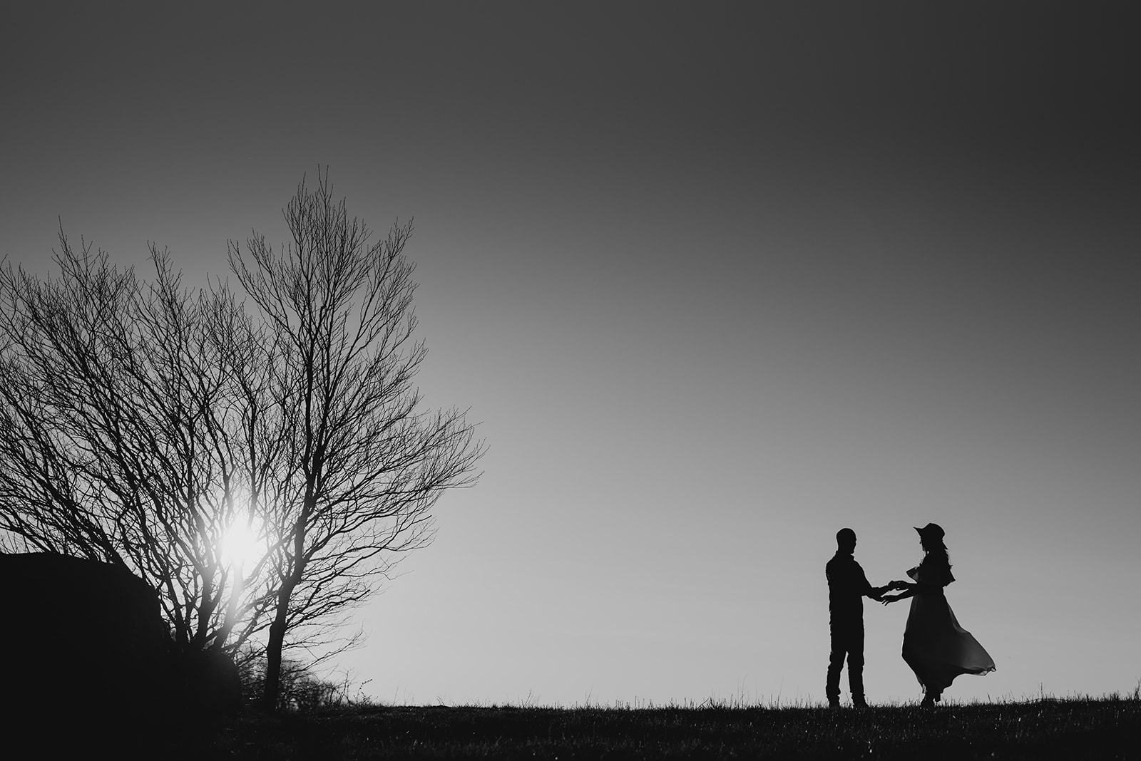 Virginia mountain engagement session Shenandoah valley at sunset silhouette