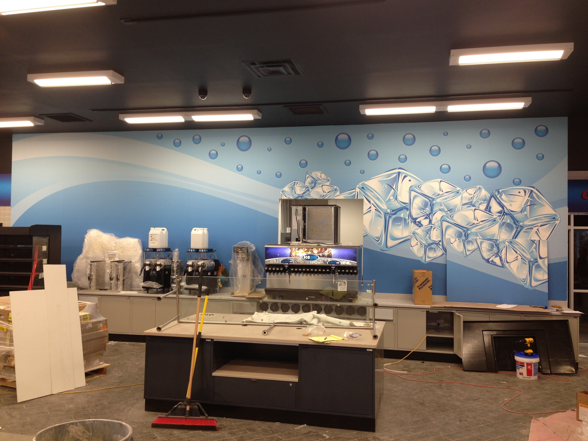 Large scale vinyl wall decal