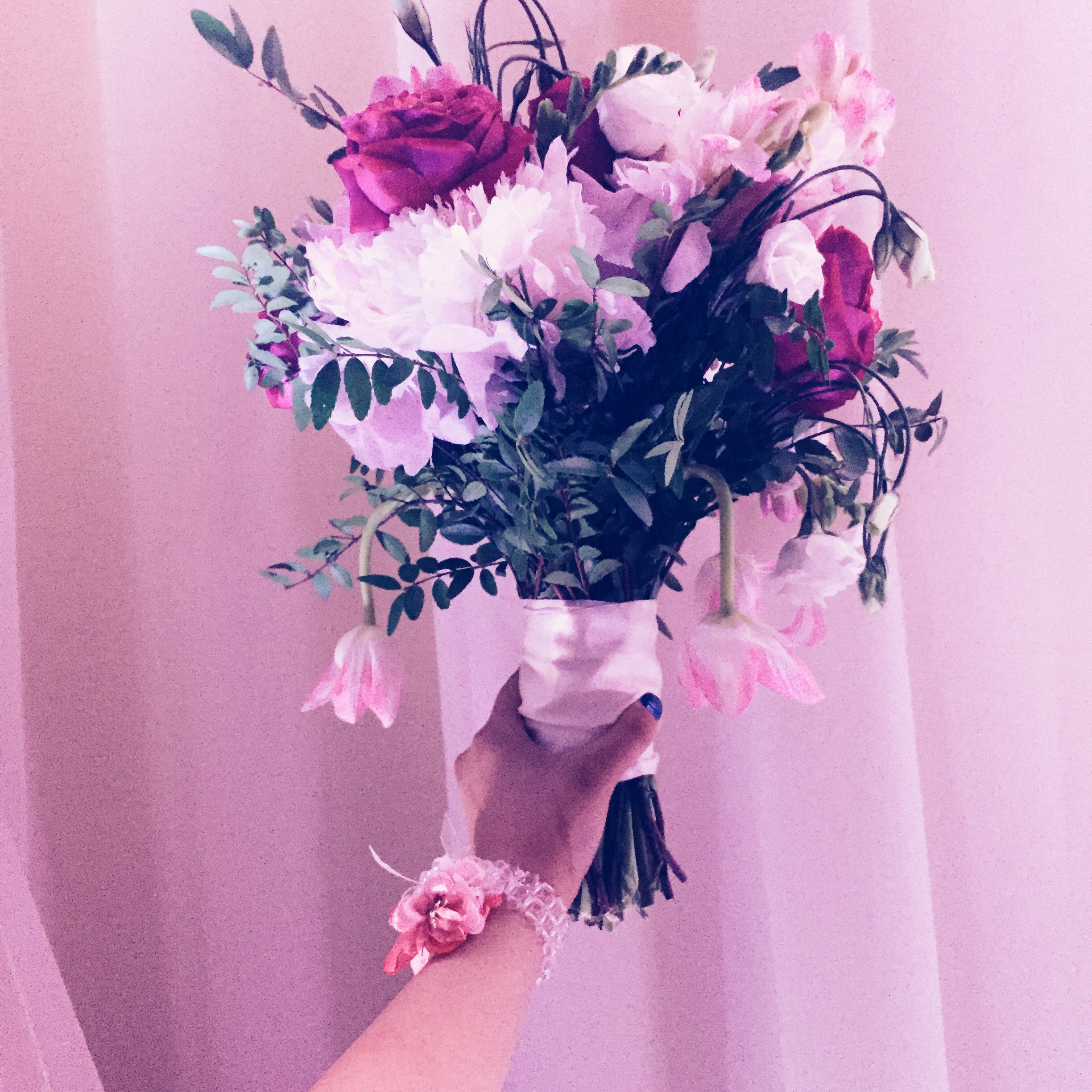 """Got the bouquet that the bride threw! A lady high-fived me afterwards and told me """"I love it when someone short gets the bouquet!"""". I was happy too, but now I'm not sure whether that's a compliment or insult. LOL!"""
