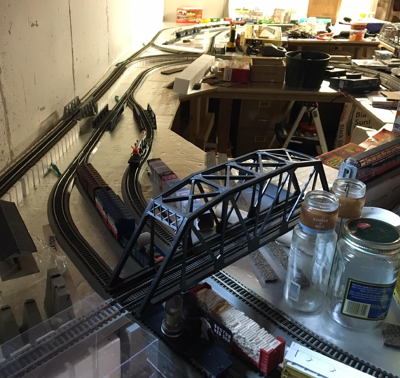 mountain-view-model-train.jpg