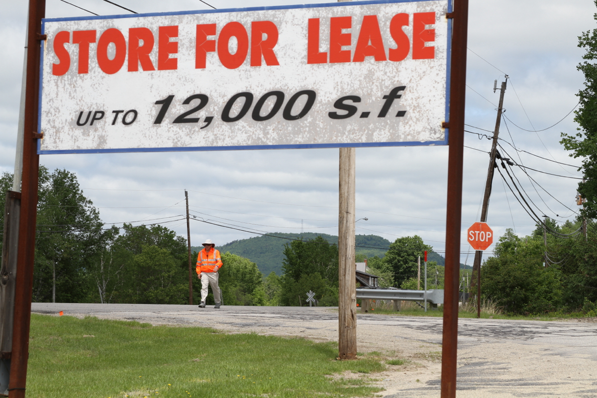 store-for-lease-walker.jpg