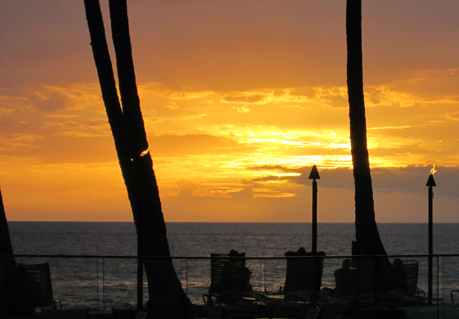Sunset viewed from Mana Kai Resort, Kihei, Maui, Hawaii, November 2014. Photo credit CindyLouWho2