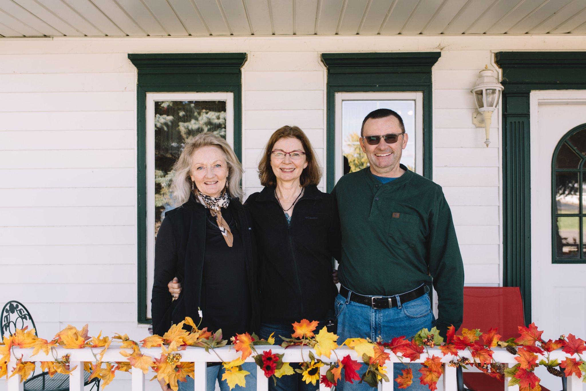 Aunt Nancy, Mom, Uncle Tom