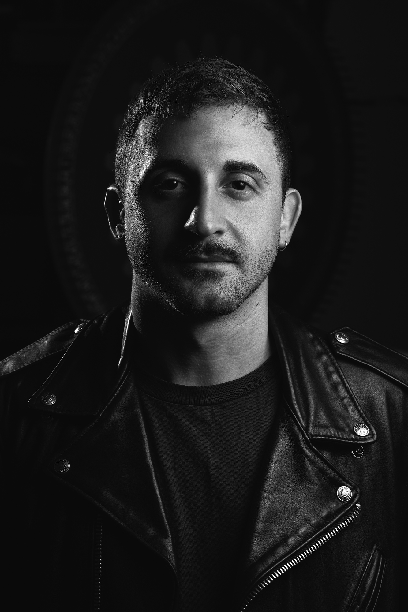 Jorjee Haman - Vocals / GuitarCreo