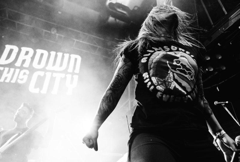 DROWN THIS CITY - PUNK / HARDCORE