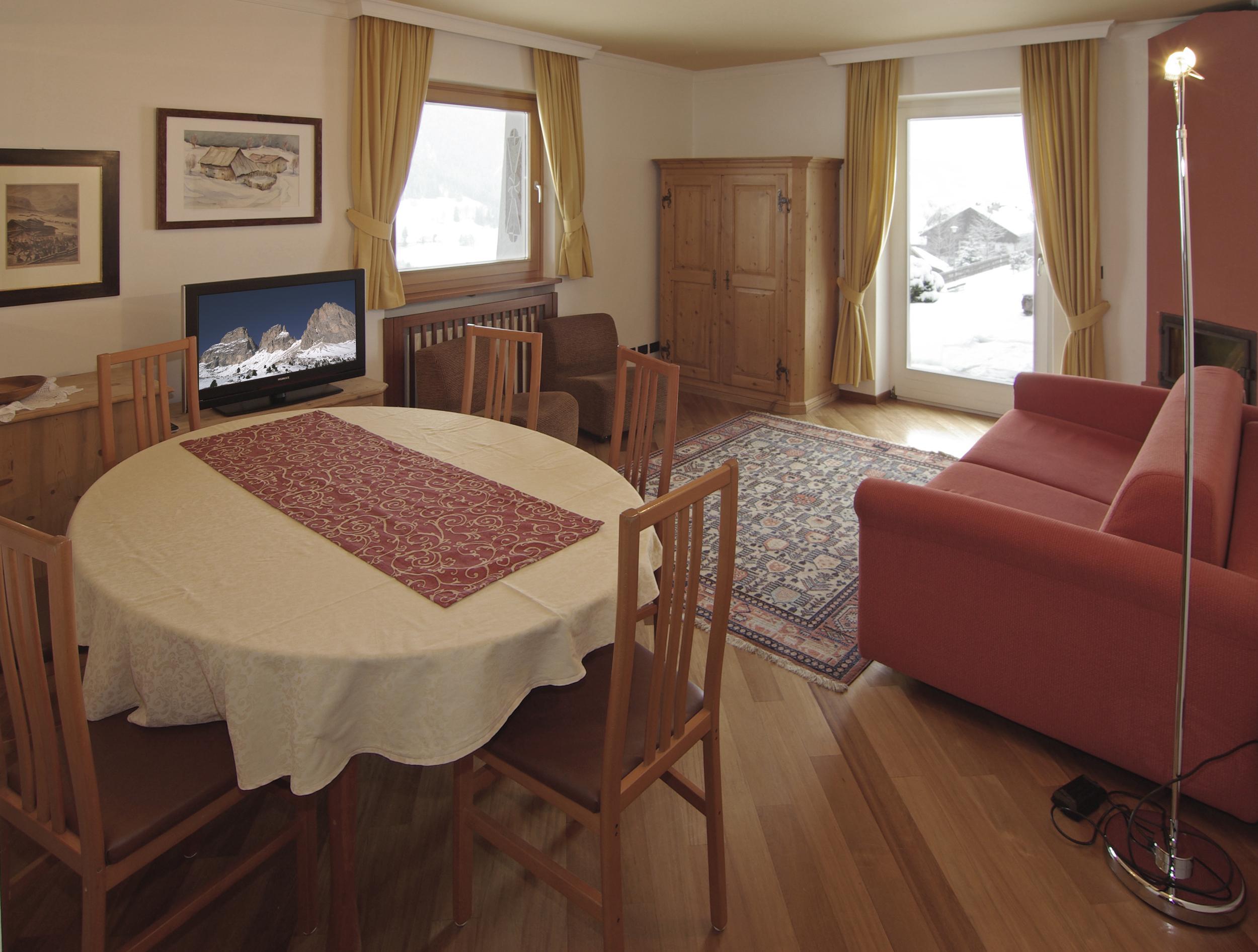 Wohnzimmer 2.jpg