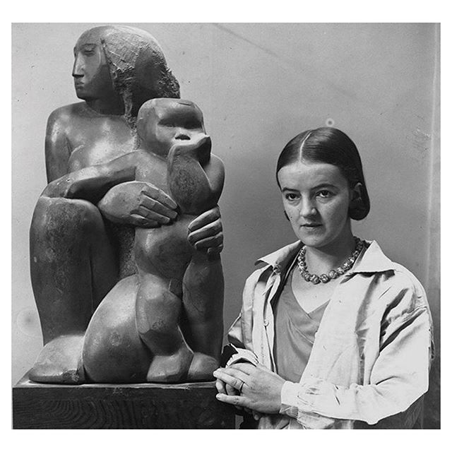 Monday Muse: Barbara Hepworth with her work, 'Mother and Child,' 1975 #barbarahepworth #sculpture #contemporaryart #motherandchild #mondaymuse