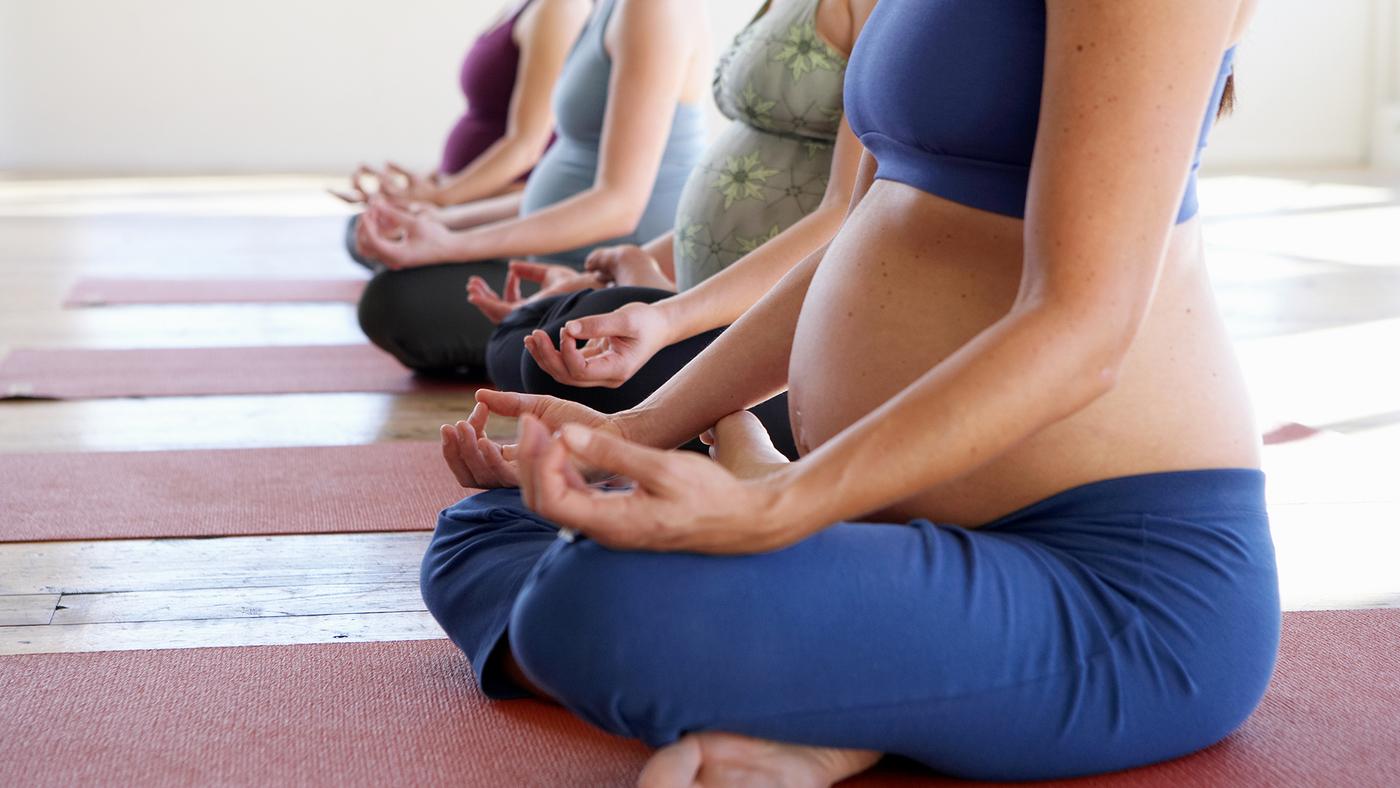 pregnant-yoga_wide-de88addf0b08bf5b9b3e3f450060a14920167c0c.jpg