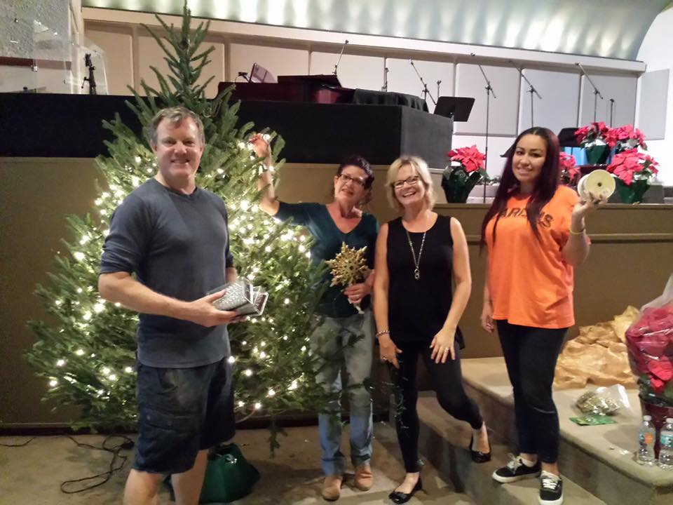 Unity on the Bay Christmas Decorating