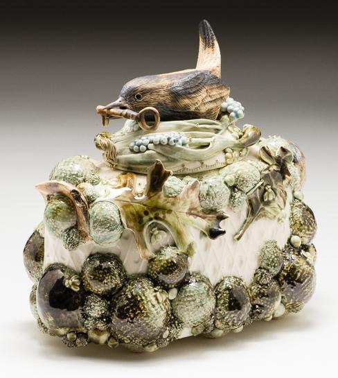 Claire Prenton, Wren with a Key, porcelain, ceramic, Sherrie Gallerie