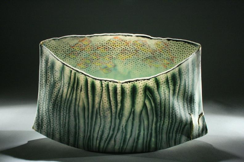 Curtis Benzle, Roil Below, porcelain ceramic vessel, Sherrie Gallerie