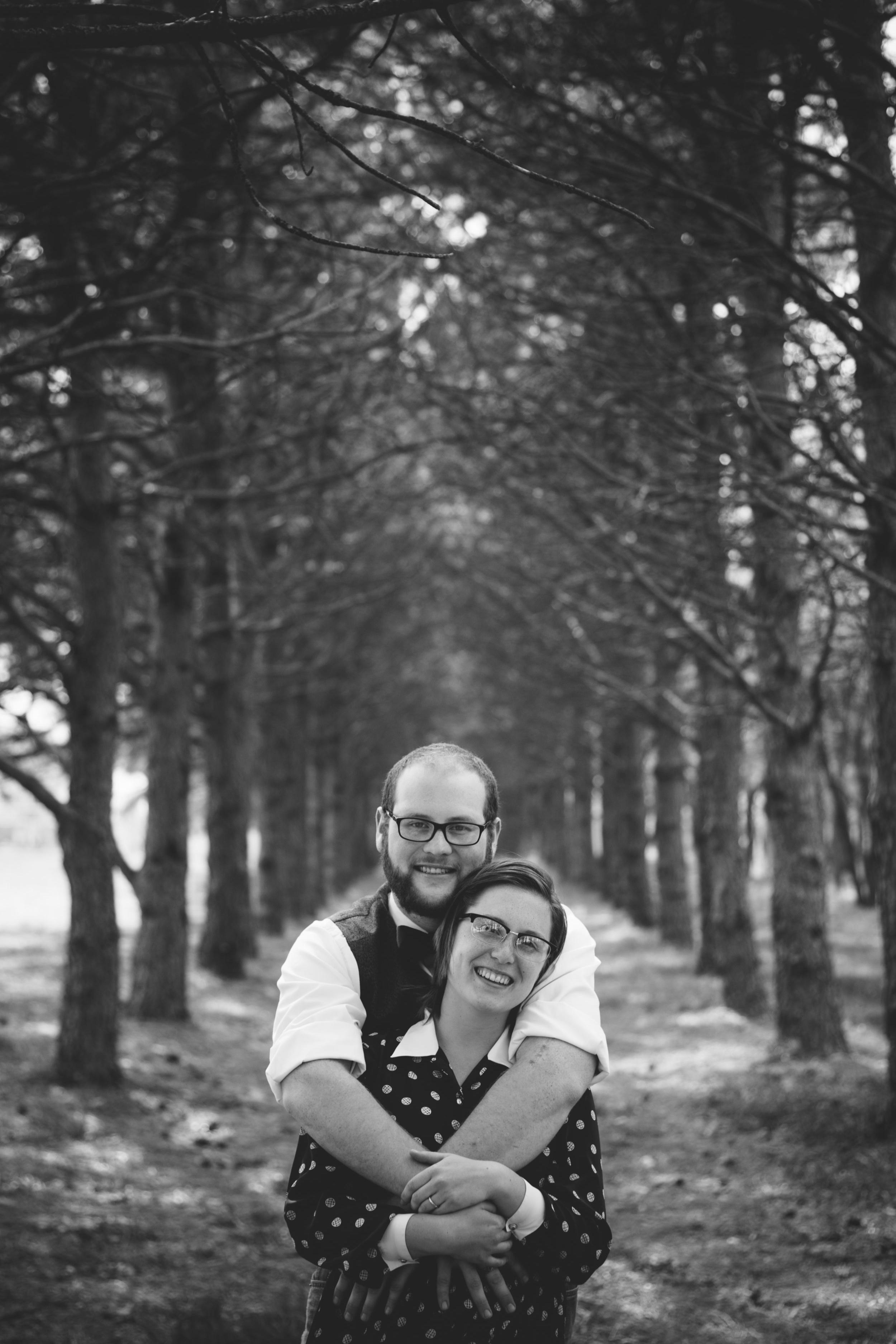 RauschPhoto_Wes&BethGREYSCALE059.jpg