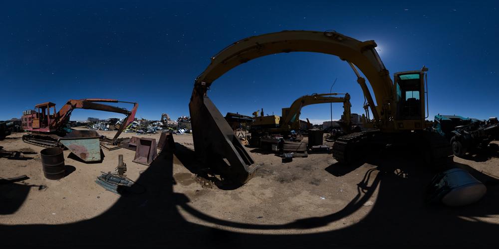 Paul's Junkyard - A 360 night tour of an amazing Mojave Desert junkyard that also stores movie cars.