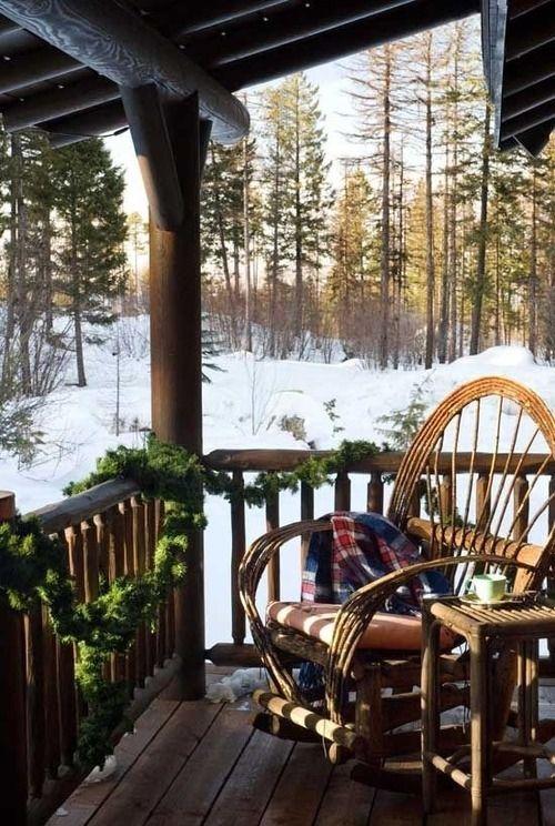 Christmas cabin deck garland.jpg