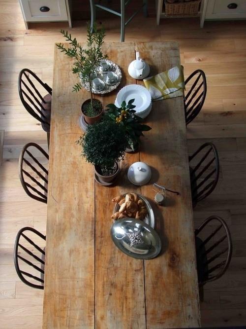 Reclaimed Wood Cabin Table.jpg