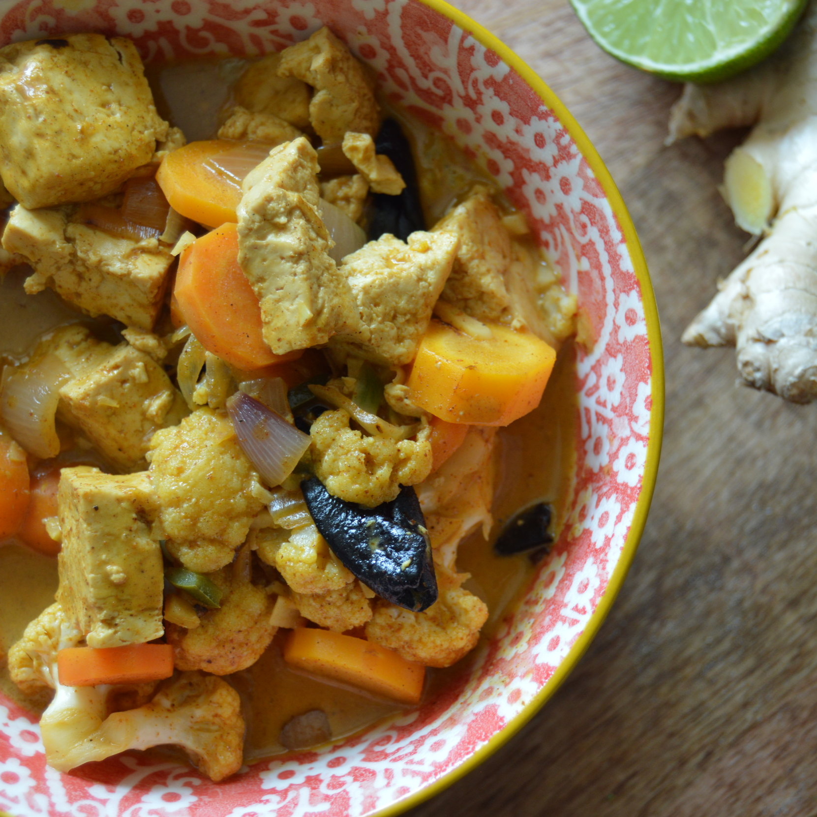 Coconut+Curry+with+Tofu+and+vegetables+%28isa%29.jpg