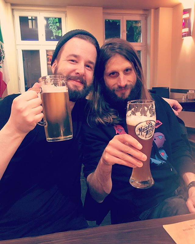 Prost! 🍺 #berlin #aftertheshow #friendship #goodtime