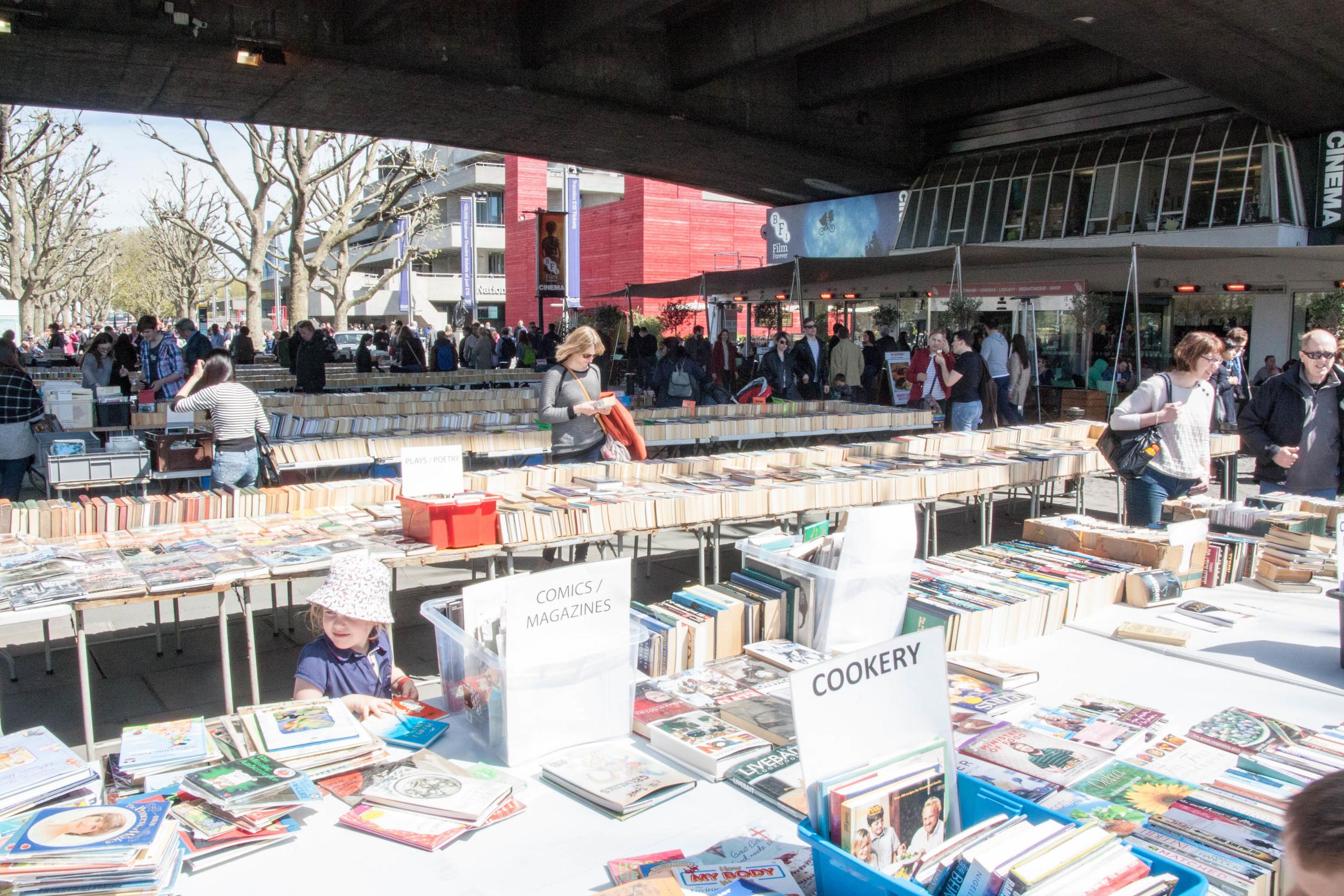 Bankside book market