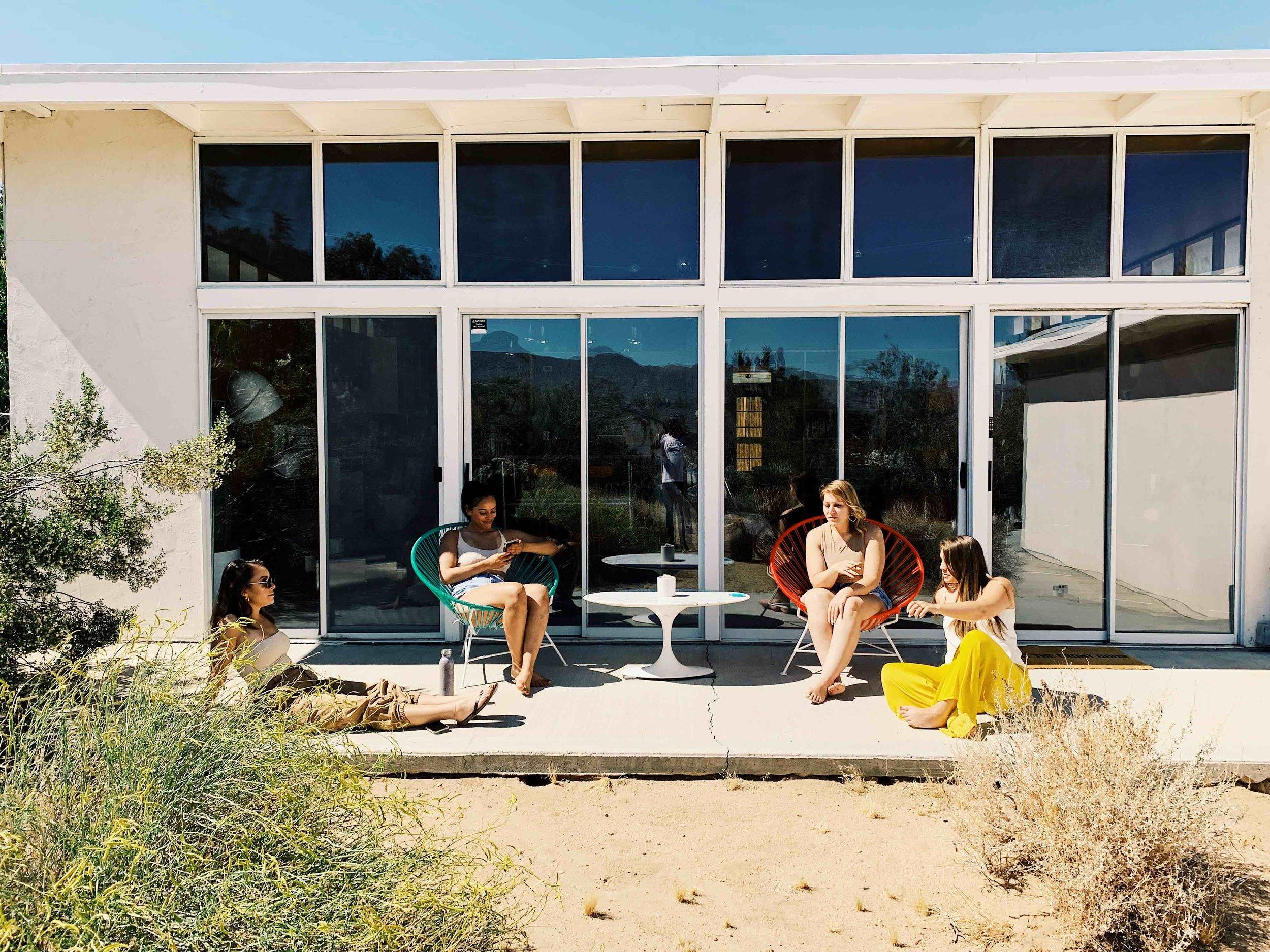 airbnb-art loft-joshua tree - 26.jpg