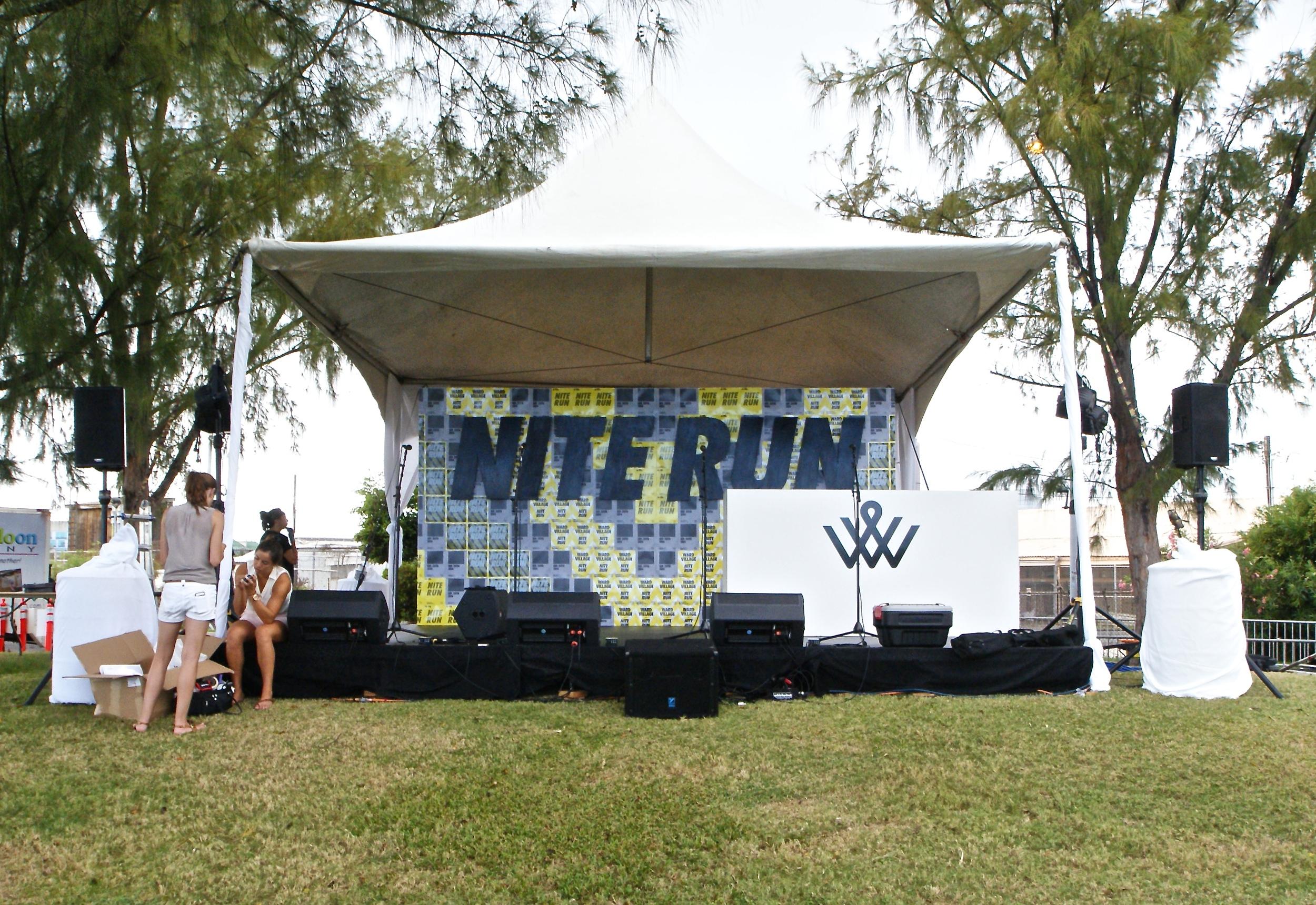Nite-Run-Stage-Backdrop