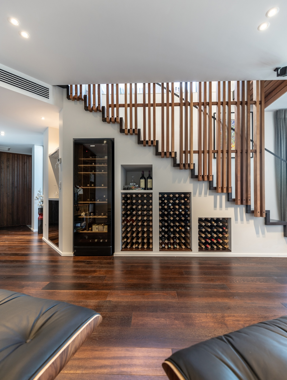 Lower floor living (Copy).jpg