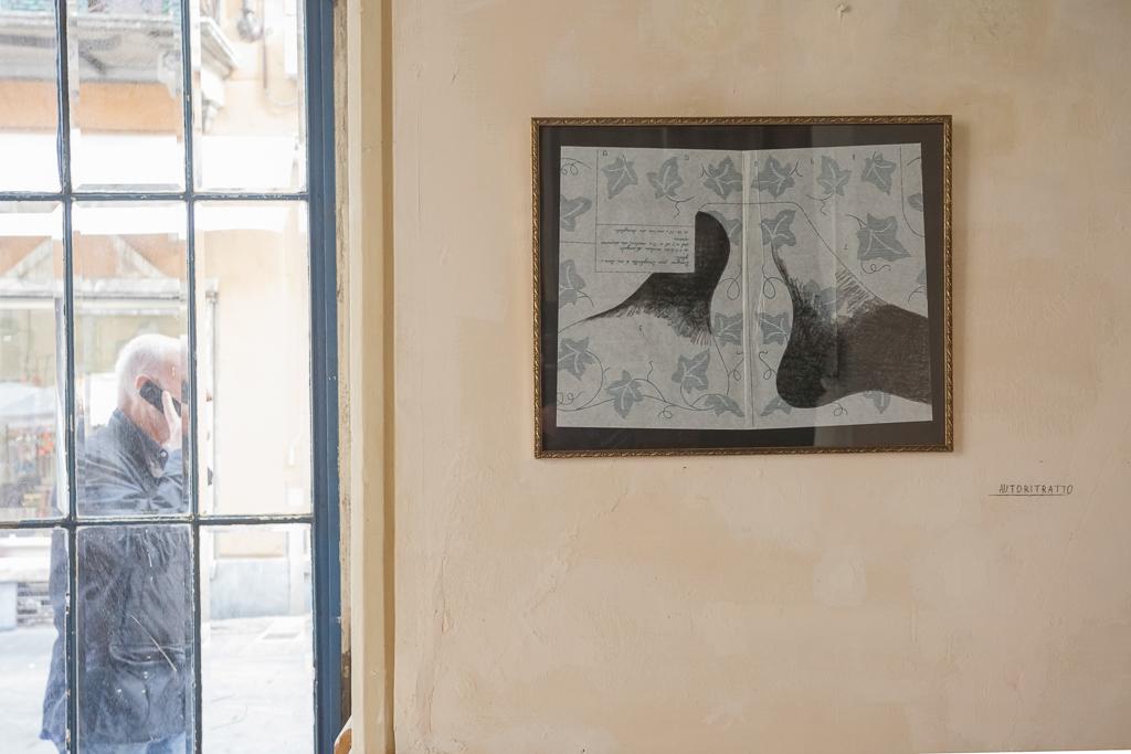 Senza terra#19 2013 - Carboncino su pattern da ricamo, cornice - cm 51x41x2