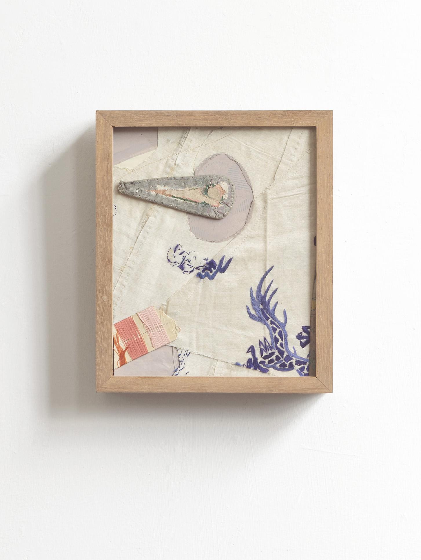 Profile  2017 - fabric and mixed media on wood - cm 24x20x5  Foto Nicola Belluzzi
