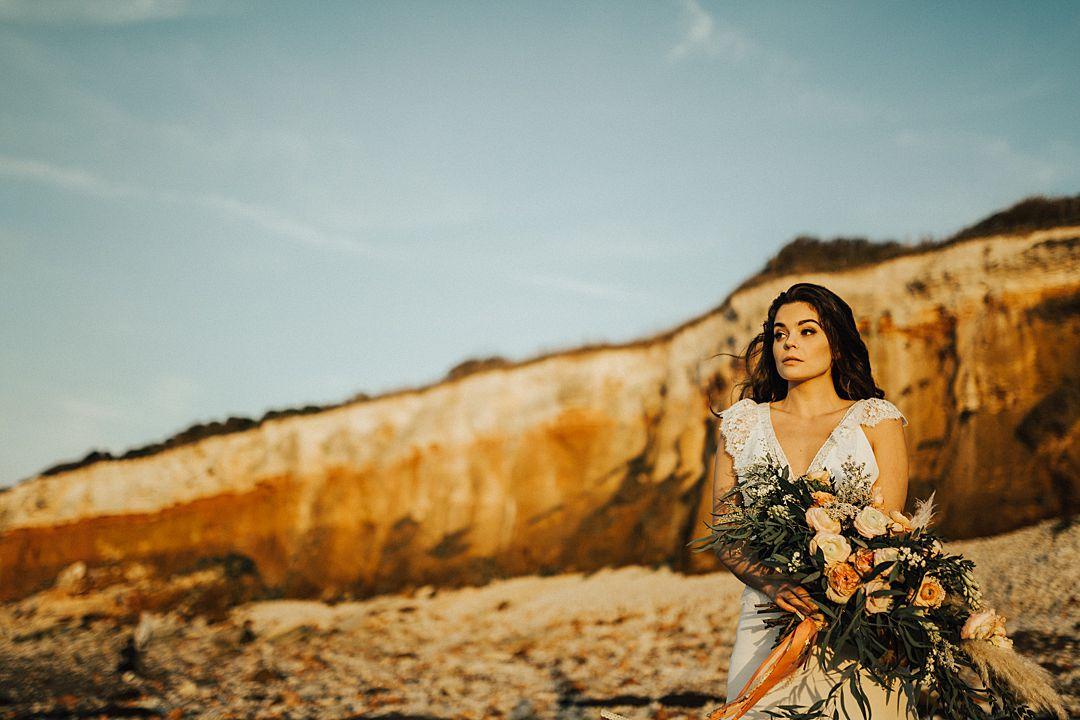 Pink-Desert-Haze-Styled-Shoot-The-Little-Lending-Company-Darina-Stoda-Photography-7.jpg