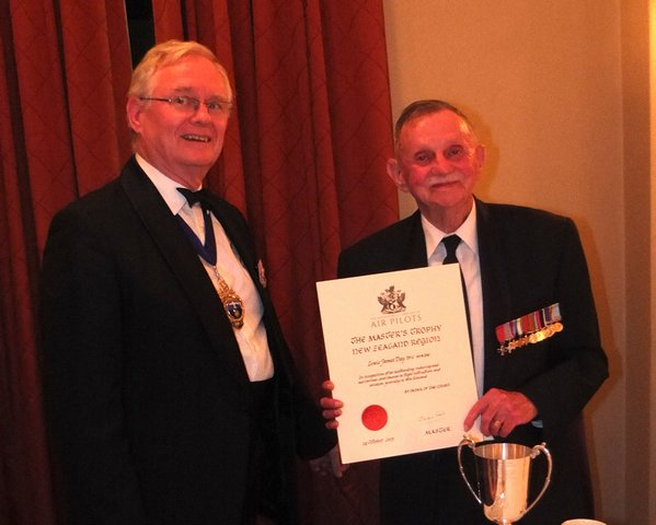 This years Masters Award was presented to Mr Lewis Day by Sqn Leader Chris Ford. Mr Day received the award for his outstanding, enduring and meritorious contribution to New Zealand aviation.