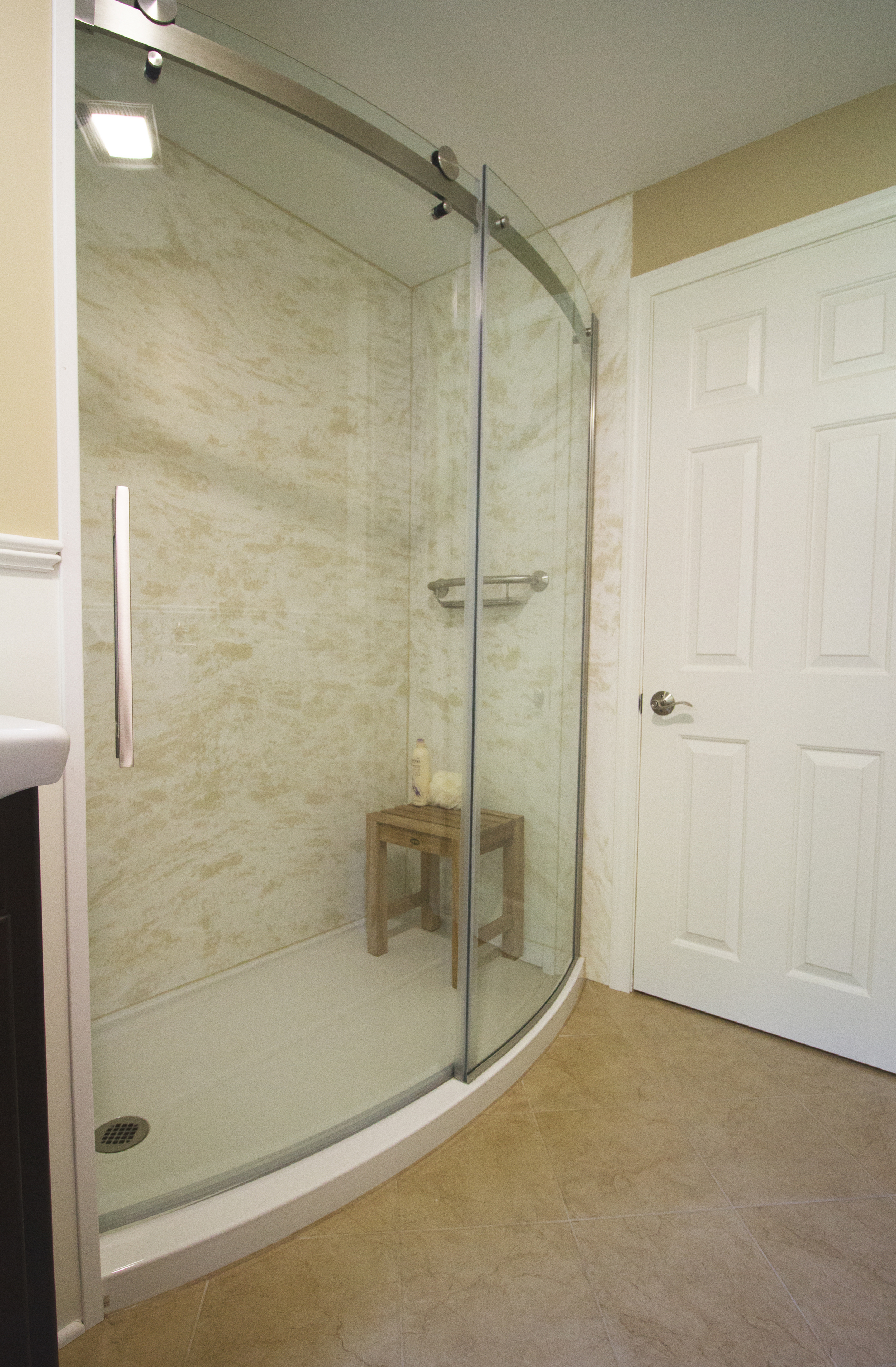 Porro Bath 2.jpg