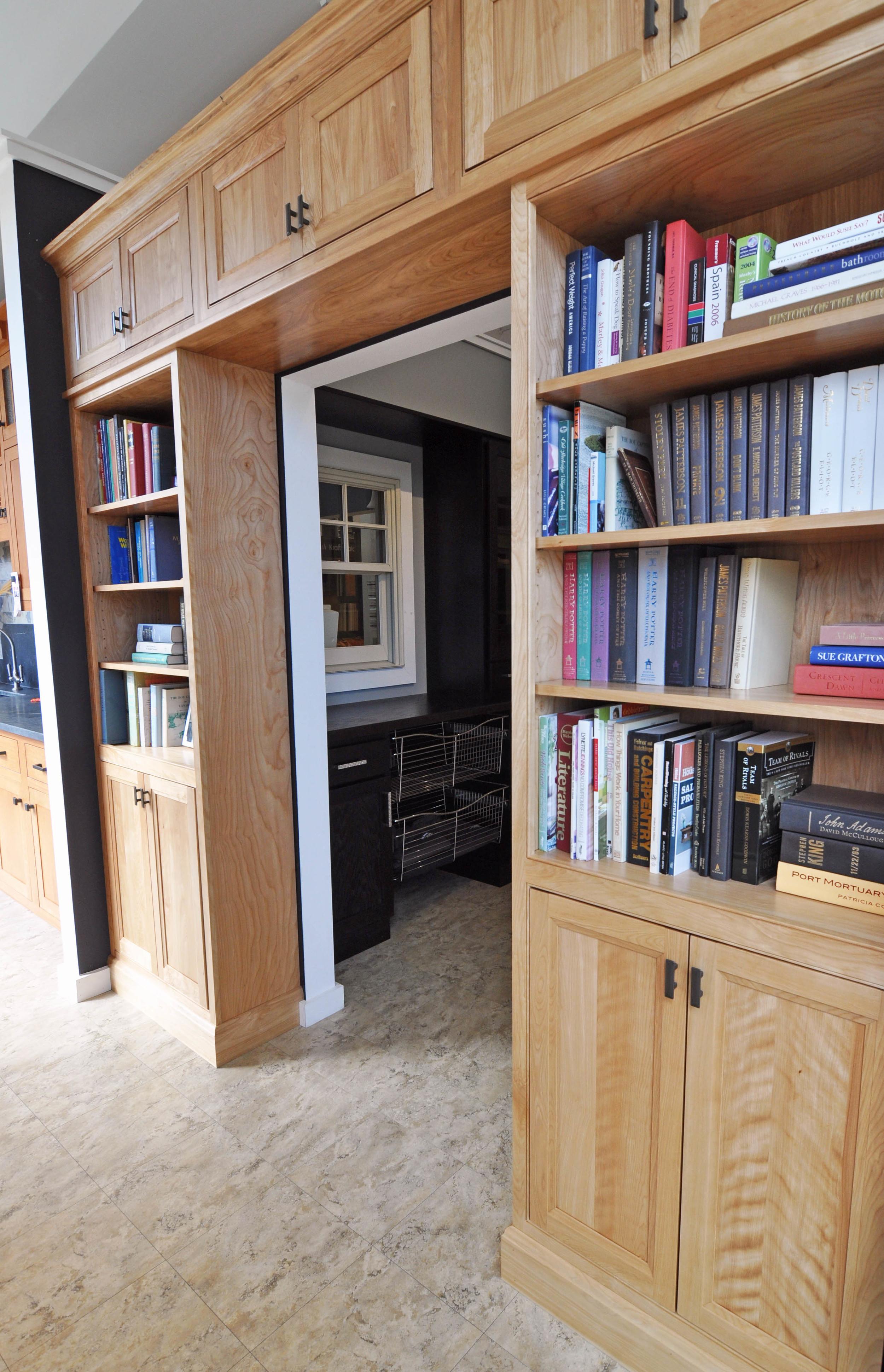 bookcase 1.jpg