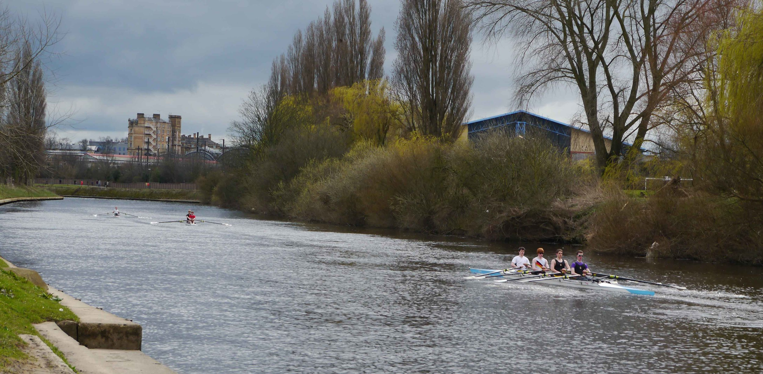 Rowers on the river Ouse in York.jpg