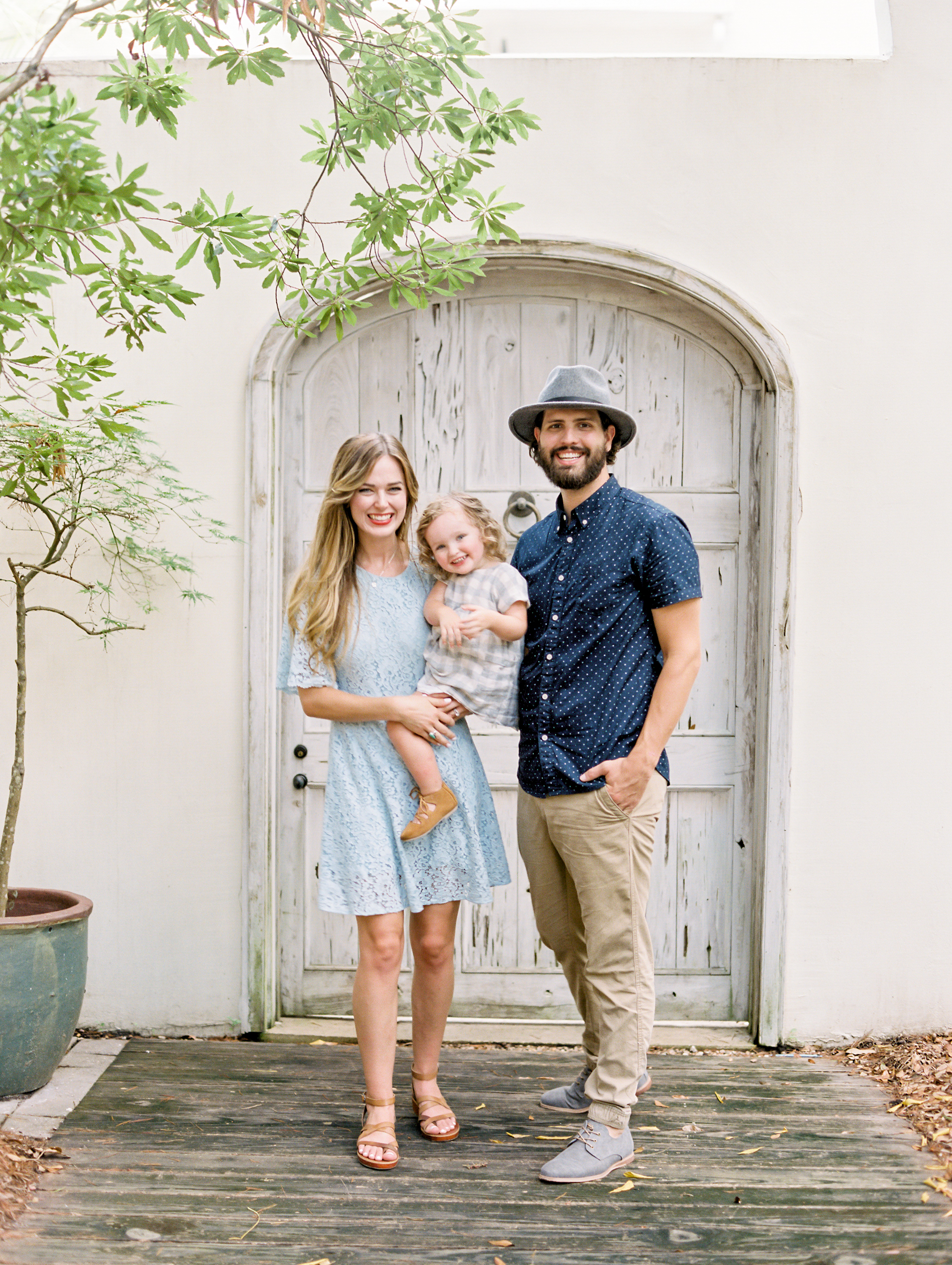 What to wear for family beach pictures? | Kaylie B. Poplin Photography | Rosemary Beach, Florida
